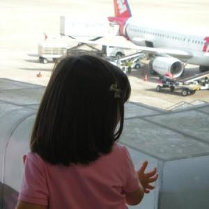 Dicas para economizar em viagens com crianças!