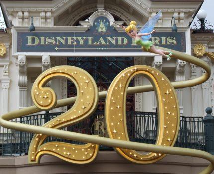 Promoção nos bilhetes para a Disneyland Paris: pelo preço de um bilhete, uma 2a visita gratuita!