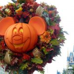 Mickey's Not-so-Scary Halloween Party: o divertido Halloween da Disney!