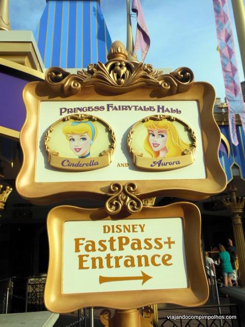 Princess fairytale hall o novo encontro com as princesas no magic princess fairytale hall fandeluxe Gallery