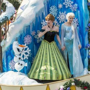 Elsa e Anna, as Princesas de Frozen, poderão ser encontradas no Magic Kingdom com fastpass!