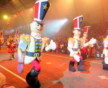 O novo Grande Desfile de Natal do Natal Luz de Gramado