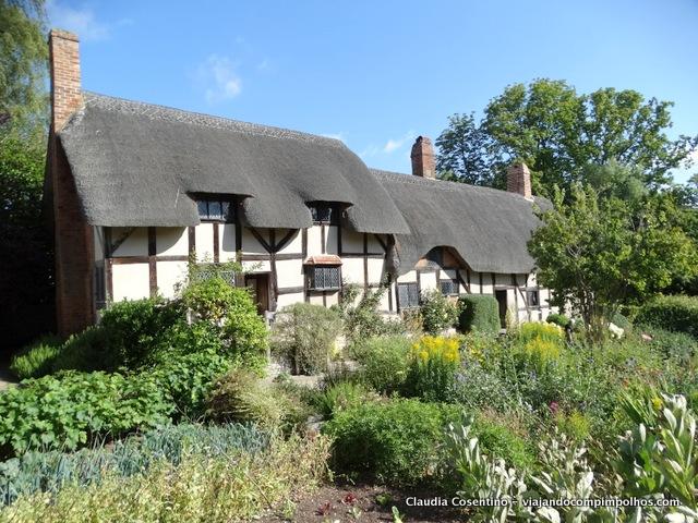 Anne-Hathaways-Cottage