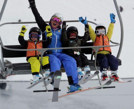 Crianças esquiam de graça em Portillo entre 7 e 14 de julho